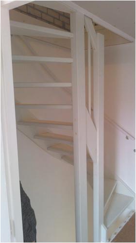 Trap plaatsen renovatiegroep uw rechterhand bv for Plaatsen trap