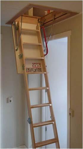 Zoldertrap plaatsen renovatiegroep uw rechterhand bv for Plaatsen trap
