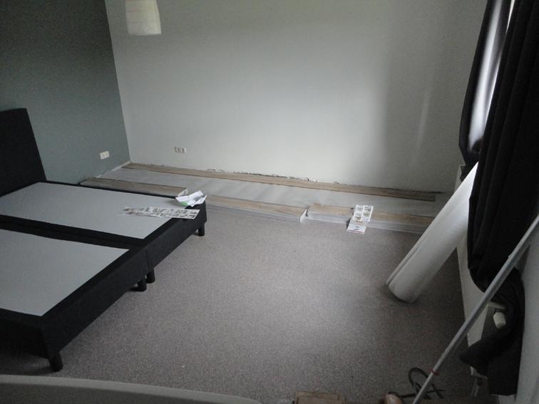 Slaapkamer en bad   Renovatiegroep Uw Rechterhand BV