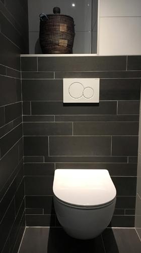 Hangend toilet plaatsen - Renovatiegroep Uw Rechterhand BV